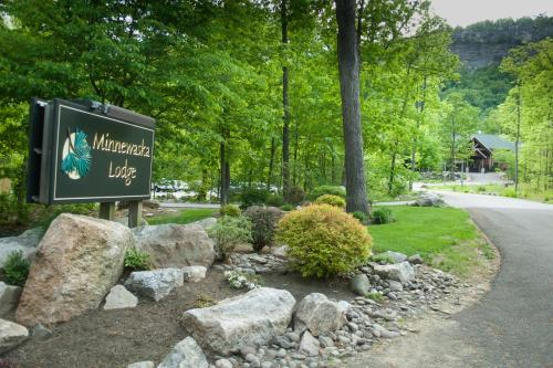 Minnewaska Lodge Photo