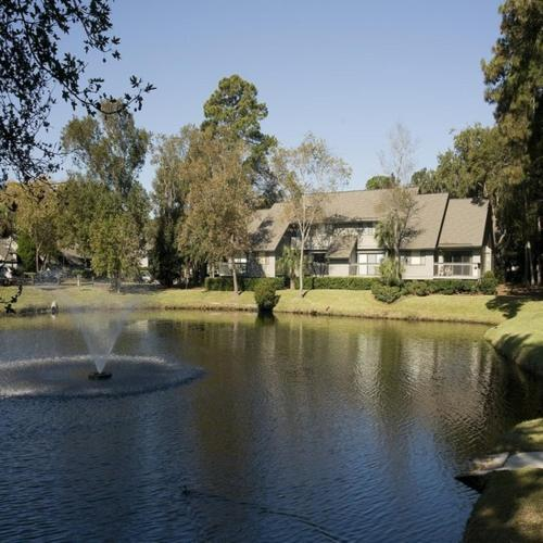 Receive 7 Nights for The Price of 4 on Hilton Head Island Vacation at Wyndham Vacation Rentals Get 7 Nights for The Price of 4 on Hilton Head Island Vacation at Wyndham Vacation Rentals. All you need to do is add the code in the basket to get bits of discounts.