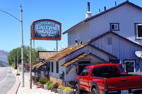 Yosemite Gateway Motel Photo