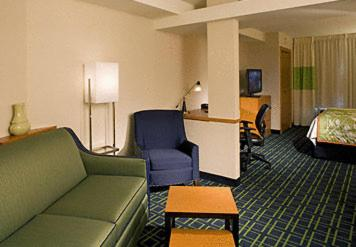 Fairfield Inn and Suites by Marriott Colorado Springs North Air Force Academy Photo