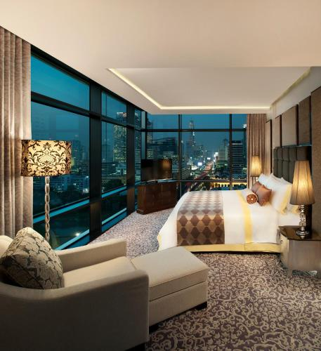 The St. Regis Bangkok photo 36