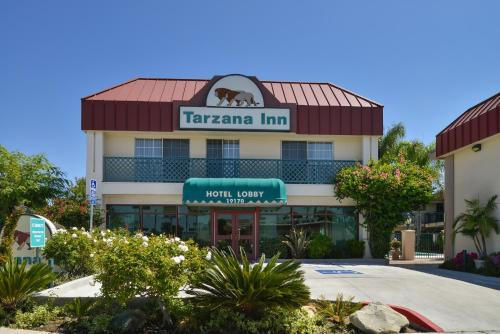 Tarzana Inn Photo