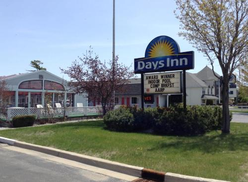 Days Inn Lakeview Photo