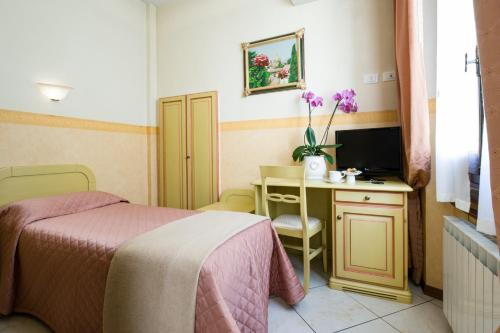 Hotel Fiorita photo 33