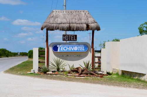 Technotel Beach Photo