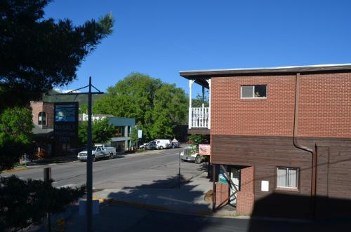 Basalt Mountain Inn Photo