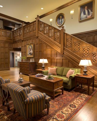 The Sewanee Inn Photo