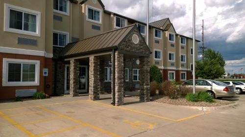 Microtel by Wyndham Cedar Rapids/Marion Photo