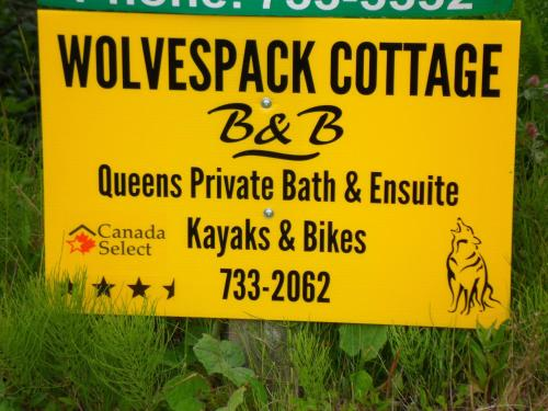 Wolvespack Cottage Photo