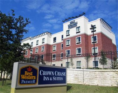 Best Western Premier Crown Chase Inn and Suites Photo