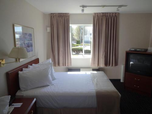 Powell River Town Centre Hotel Photo