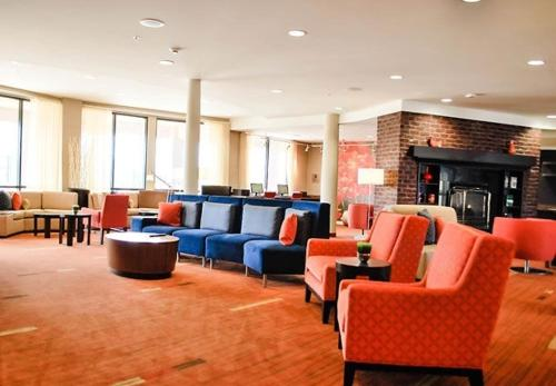 Courtyard By Marriott Salina - Salina, KS 67401
