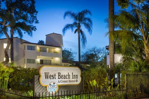 West Beach Inn, a Coast Hotel Photo