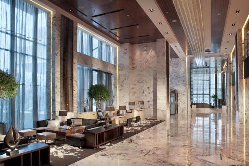 Renaissance Shanghai Caohejing Hotel, A Marriott Luxury & Lifestyle Hotel photo 26