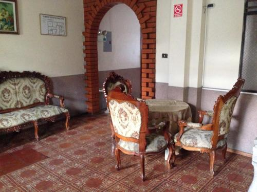 Hostal Aguilera Internacional Photo