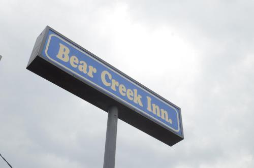 Bear Creek Inn Photo