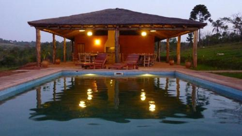 Ytororo Lodge Photo