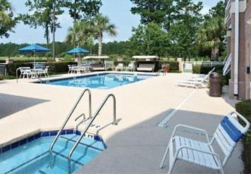 Fairfield Inn & Suites Hilton Head Island Bluffton Photo