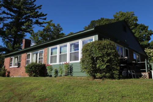 Innkeepers Cottage Photo