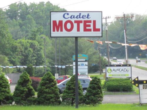 Cadet Motel Photo