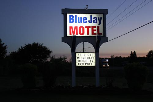 Blue Jay Motel Photo
