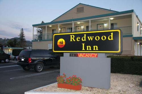 Redwood Inn Photo