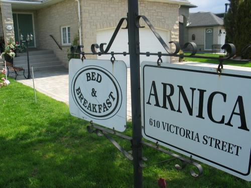 Arnica Bed & Breakfast Photo