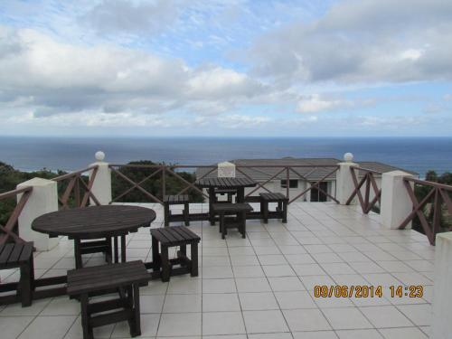 Blue Horizon Bay Guest House Photo