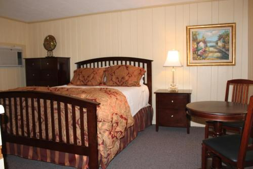 Parkers River Resort Photo