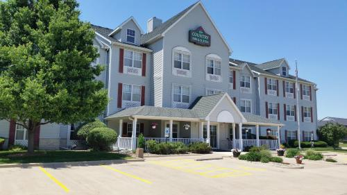 Country Inn & Suites By Carlson, Bloomington Normal West Photo