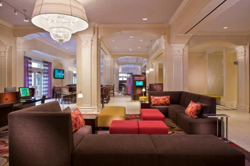 Courtyard by Marriott New Orleans French Quarter/Iberville - New Orleans, LA 70112
