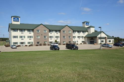 Boarders Inn & Suites - Shawano