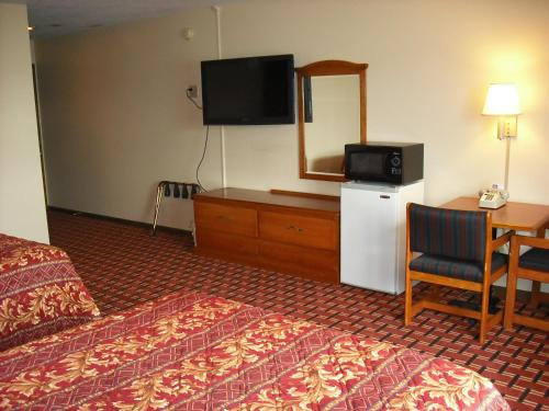 Regency Inn Hudson Photo