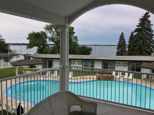 The Inn at Okoboji Photo