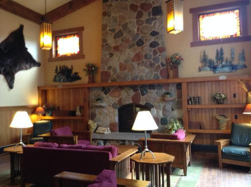 Canal Park Lodge Photo