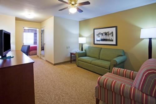 Country Inn & Suites By Carlson, Dakota Dunes, SD Photo