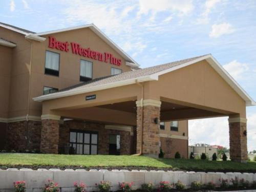 Best Western Plus Hiawatha