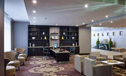 Homewood Suites by Hilton Hamilton Photo