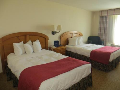 Baymont Inn & Suites Waunakee Photo