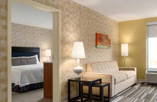 Home2 Suites by Hilton Florida City Photo