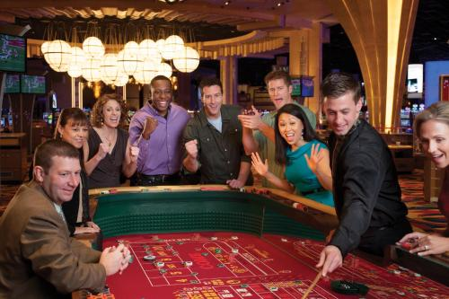 hollywood casino joliet promo code