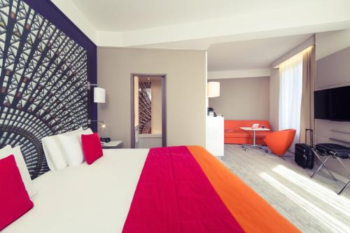 Mercure Nantes Centre Grand Hotel, Нант