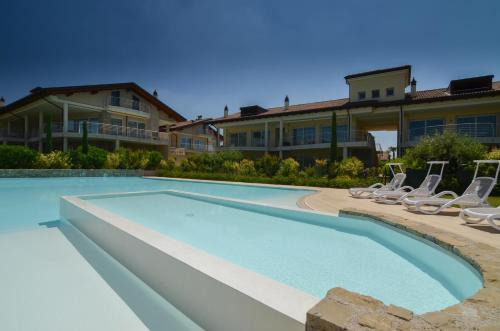 Sirmione Halldis Apartments, Сирмионе
