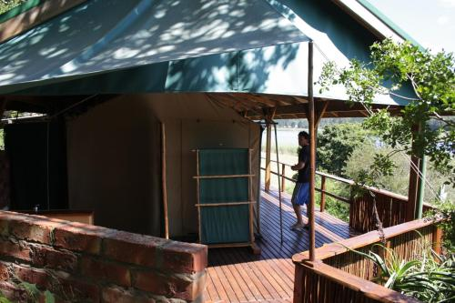 Bushbuck Camp Photo