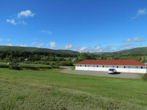 Margaree Riverview Inn Photo