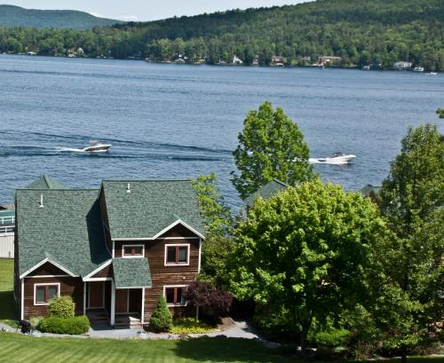 Sun castle resort lake george new york usa rent by owner for Sun castle