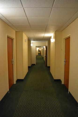 Motel 6 Indianapolis Anderson Photo