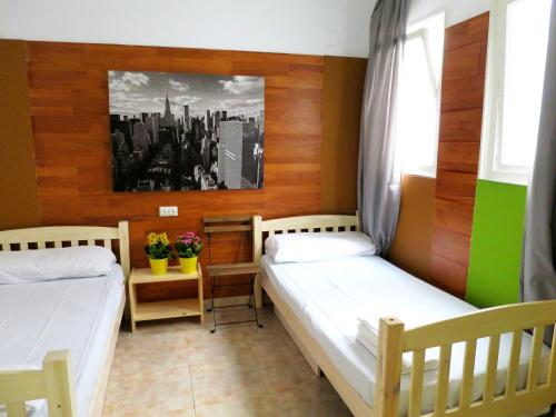 Hostal Hip Hostel Barcelona thumb-3