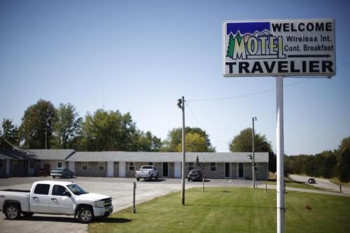 Travelier Motel - Macon Photo