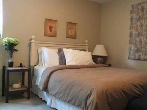 Peachcliff Bed & Breakfast Photo